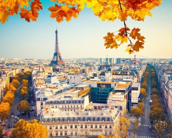 Париж и замъците по Лоара